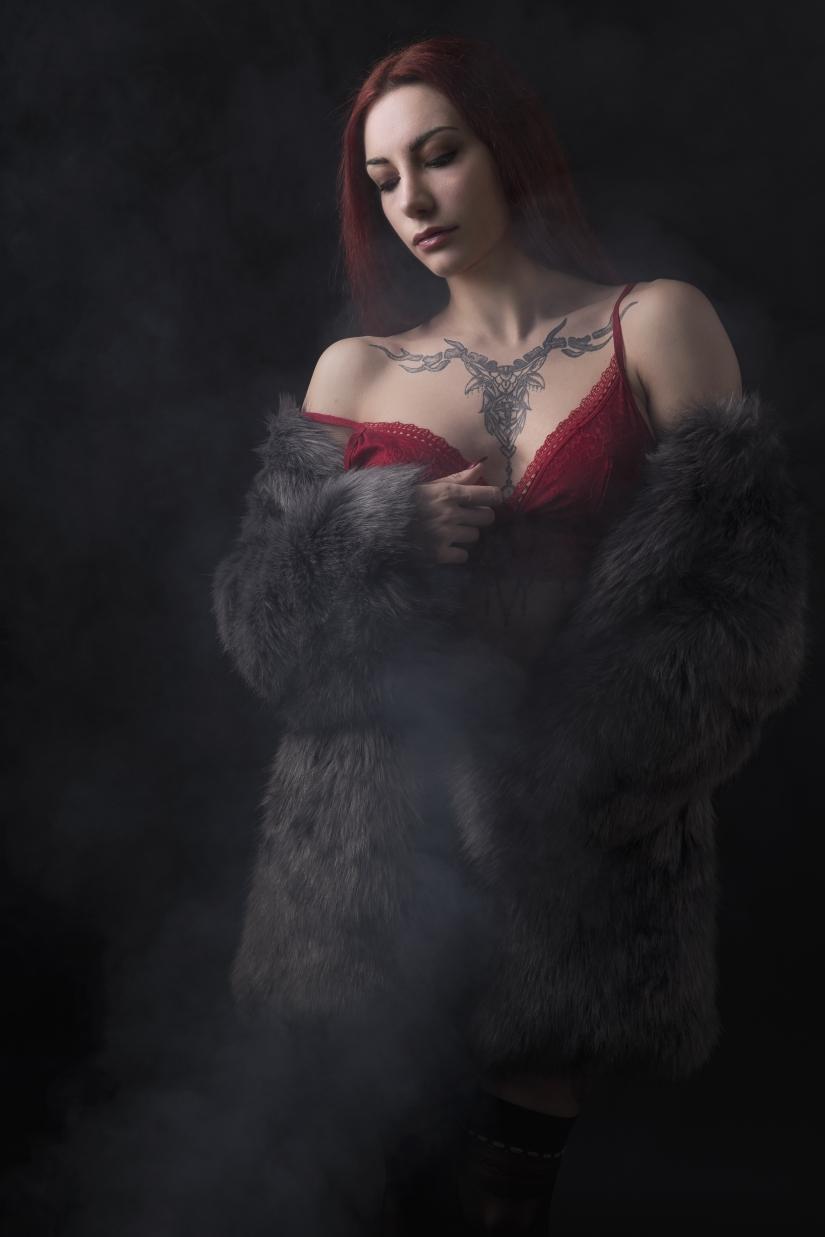 Smoking hot beauty