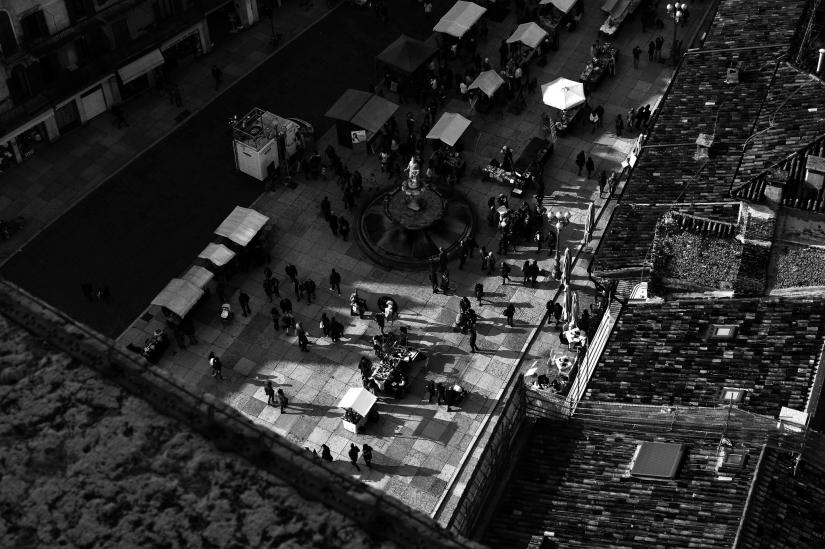 Street contrast