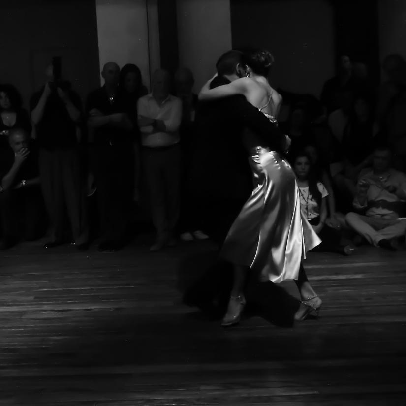 Tango = Possesso
