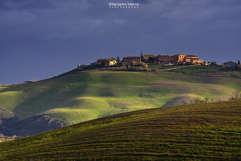 The ancient village  Tuscany / Crete senesi