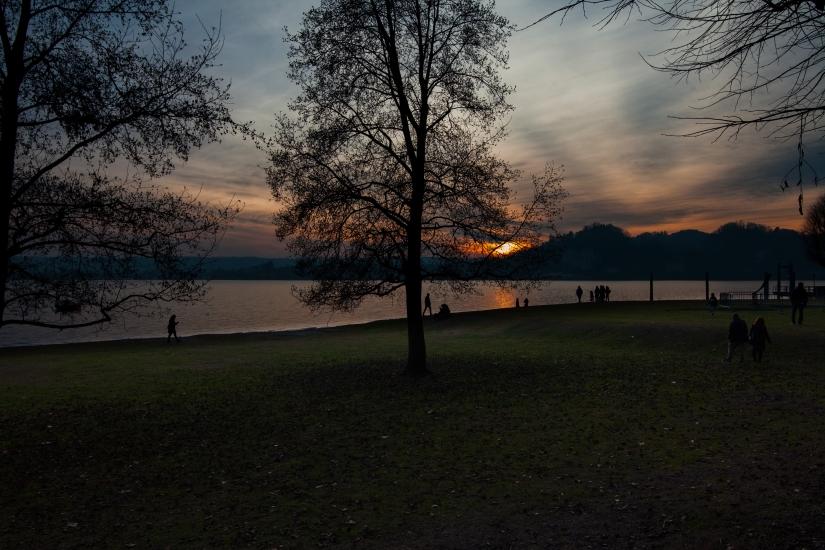 Tramonto al lago II