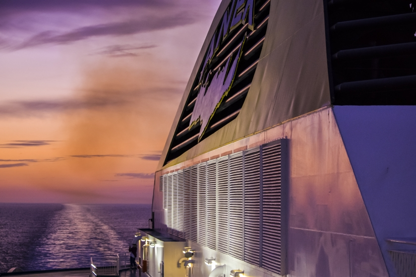 Tramonto in nave