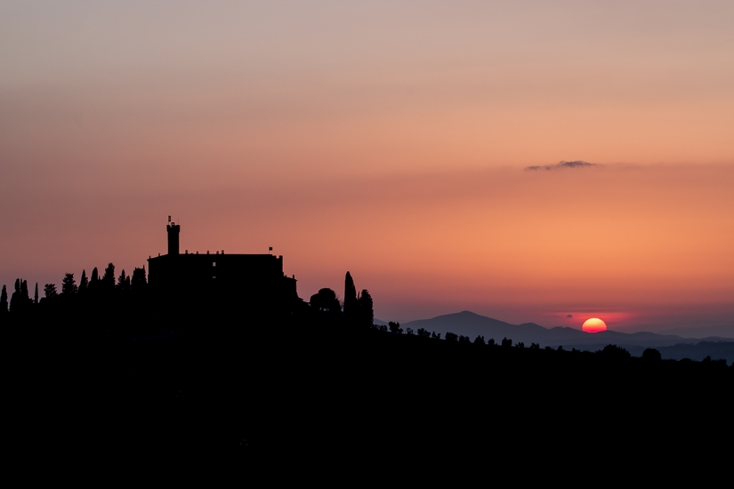 Tramonto sul Castello Banfi