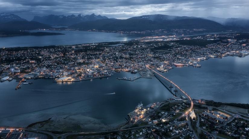 Tromso by night con Mavic pro 2