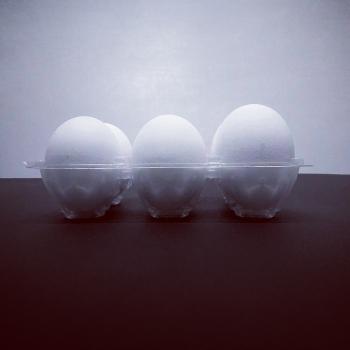 Uova sulla Luna