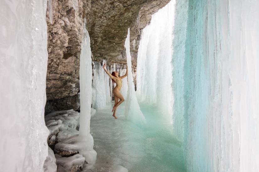 Winter nude 002